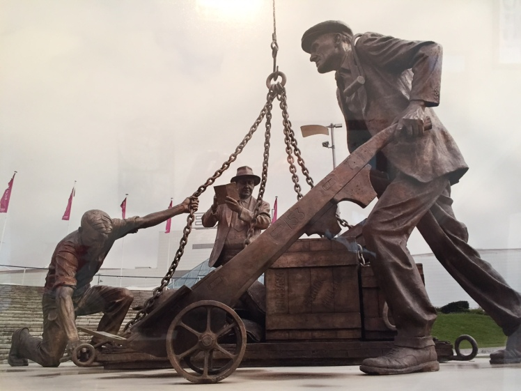 Dockers statue outside ExCeL